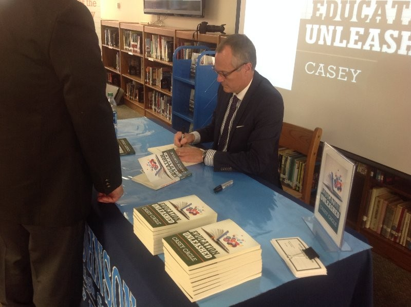 Lieutenant Governor of Georgia releases new book at Johnson High