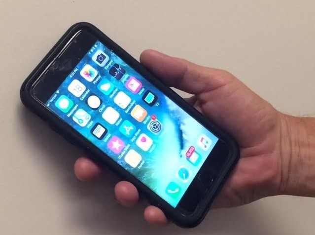 Apple closing iPhone security gap used by law enforceme ...